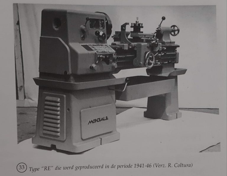 "Draaibank type ""RE"" die werd geproduceerd tijdens WOII"